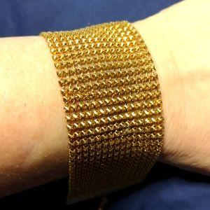 Beautiful Gold Plated AVON Bracelet